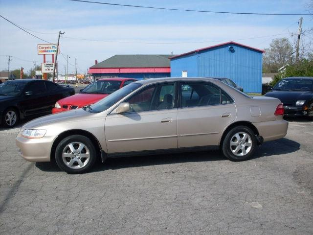 2000 honda accord se for sale in muncie indiana classified. Black Bedroom Furniture Sets. Home Design Ideas