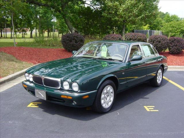 2000 jaguar xj8 for sale in high point north carolina classified. Black Bedroom Furniture Sets. Home Design Ideas