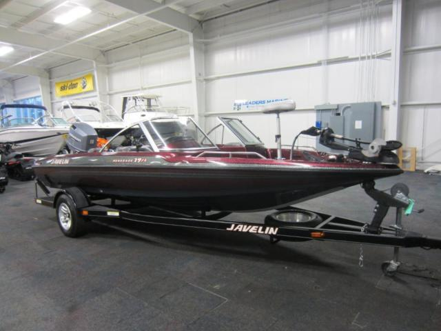 2000 Javelin 19 Renegade Fish and Ski With 150 Horsepower Johnson
