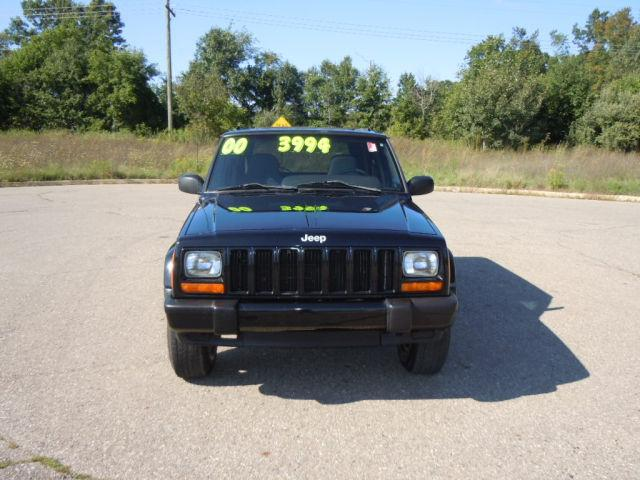 2000 jeep cherokee sport for sale in pinckney michigan classified. Black Bedroom Furniture Sets. Home Design Ideas