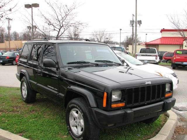 2000 jeep cherokee sport for sale in louisville kentucky classified. Black Bedroom Furniture Sets. Home Design Ideas
