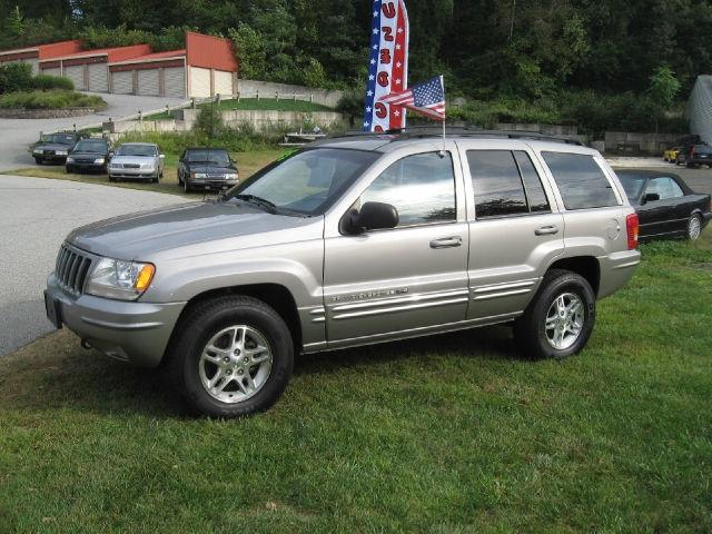2000 jeep grand cherokee limited for sale in east hampton connecticut classified. Black Bedroom Furniture Sets. Home Design Ideas