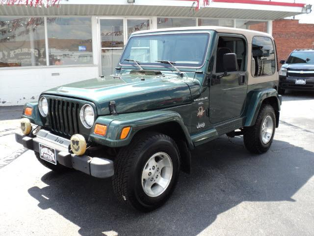 2000 jeep wrangler sahara for sale in huntington west virginia classified. Black Bedroom Furniture Sets. Home Design Ideas