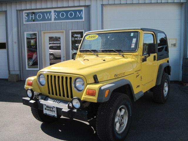2000 jeep wrangler sport for sale in iowa city iowa classified. Black Bedroom Furniture Sets. Home Design Ideas