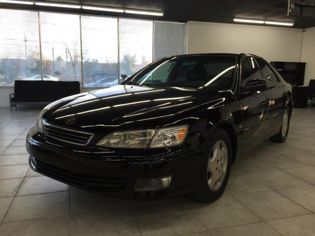 2000 lexus es300 black very smooth family size comfortable loaded for sale in gold river. Black Bedroom Furniture Sets. Home Design Ideas