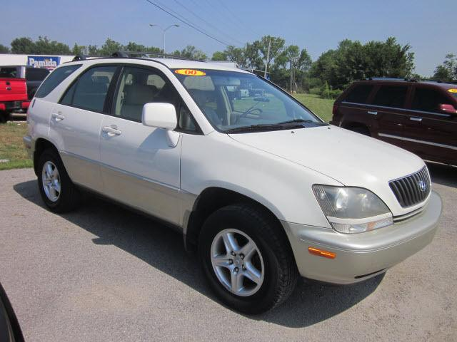 2000 lexus rx 300 base for sale in mount carmel illinois classified. Black Bedroom Furniture Sets. Home Design Ideas