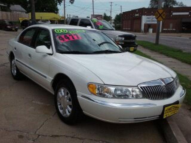 2000 Lincoln Continental for Sale in Cedar Rapids, Iowa Classified ...