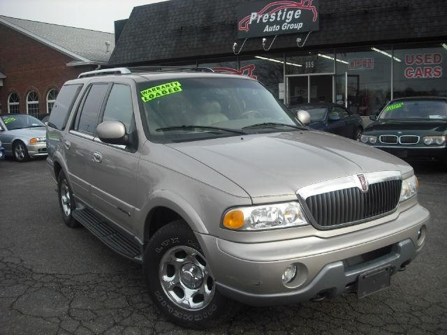 2000 lincoln navigator for sale in tallmadge ohio classified. Black Bedroom Furniture Sets. Home Design Ideas