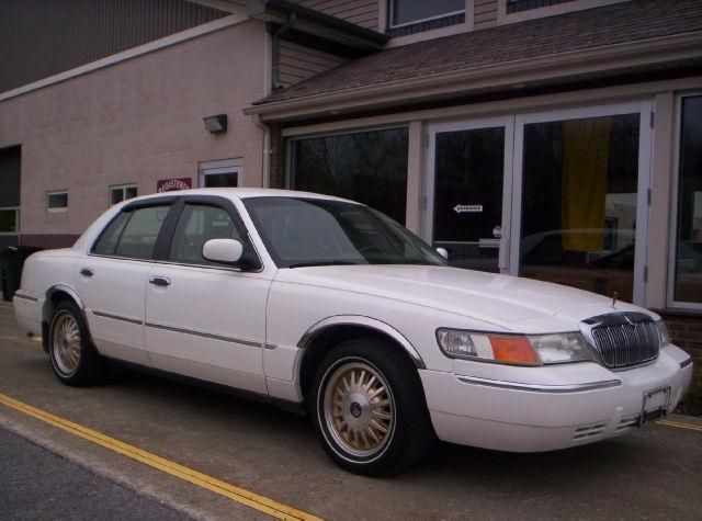2000 mercury grand marquis ls for sale in milton new york classified. Black Bedroom Furniture Sets. Home Design Ideas