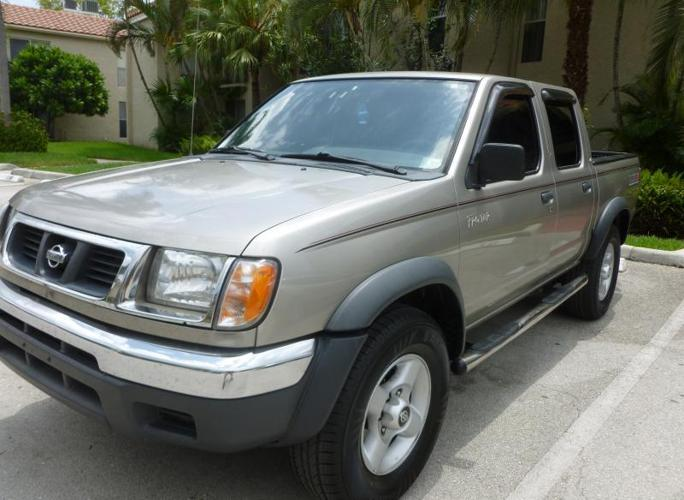 2000 nissan frontier double cab for sale in fort lauderdale florida classified. Black Bedroom Furniture Sets. Home Design Ideas