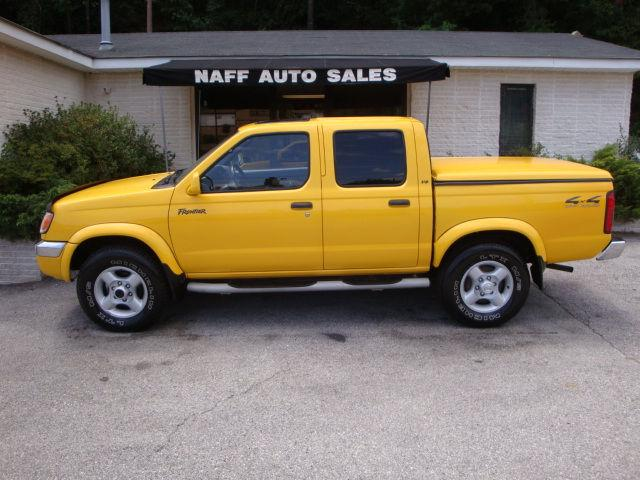 2000 nissan frontier se crew cab for sale in roanoke virginia classified. Black Bedroom Furniture Sets. Home Design Ideas