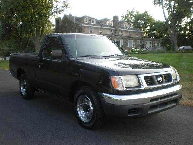2000 nissan frontier xe for sale in leesburg virginia classified. Black Bedroom Furniture Sets. Home Design Ideas