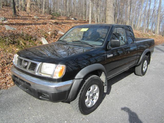 2000 nissan frontier xe for sale in frederick maryland classified. Black Bedroom Furniture Sets. Home Design Ideas