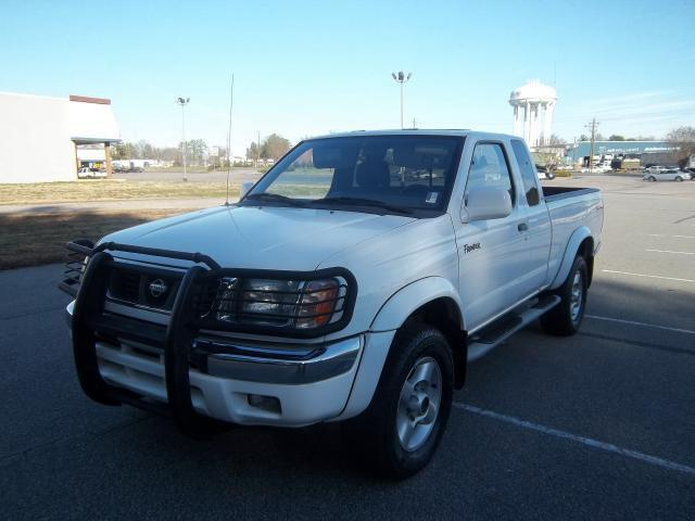 2000 nissan frontier for sale in henderson north carolina classified. Black Bedroom Furniture Sets. Home Design Ideas