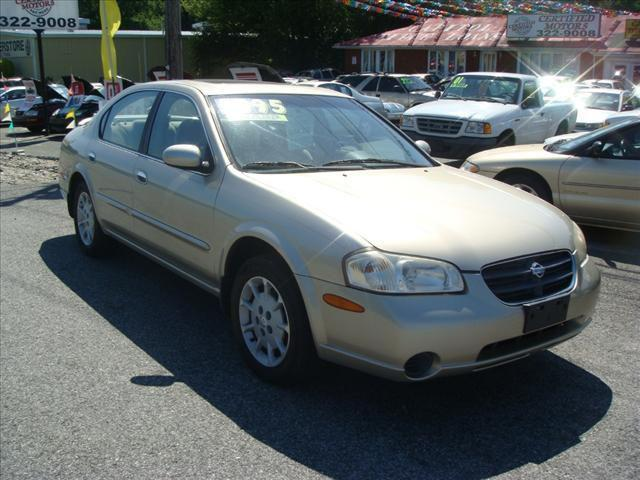 2000 nissan maxima gxe for sale in bear delaware. Black Bedroom Furniture Sets. Home Design Ideas