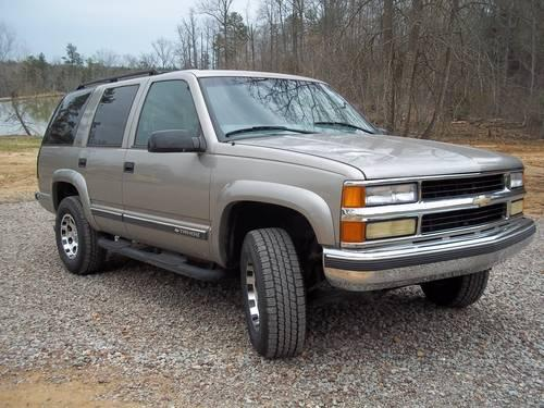 2000 tahoe z71 loaded new tires wheels for sale in lawton. Black Bedroom Furniture Sets. Home Design Ideas