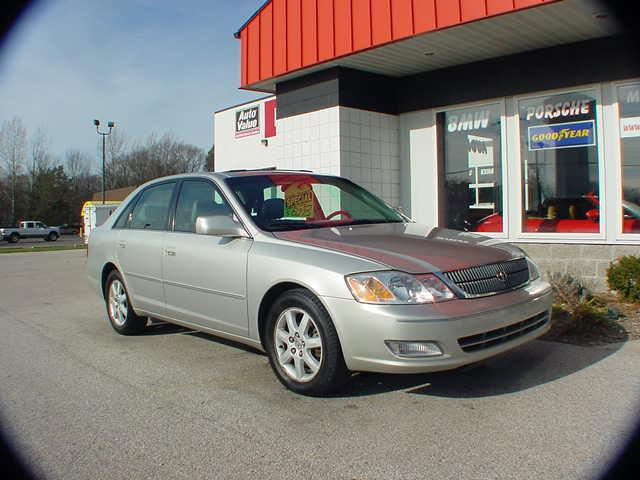 2000 toyota avalon xls for sale in spring lake michigan classified. Black Bedroom Furniture Sets. Home Design Ideas