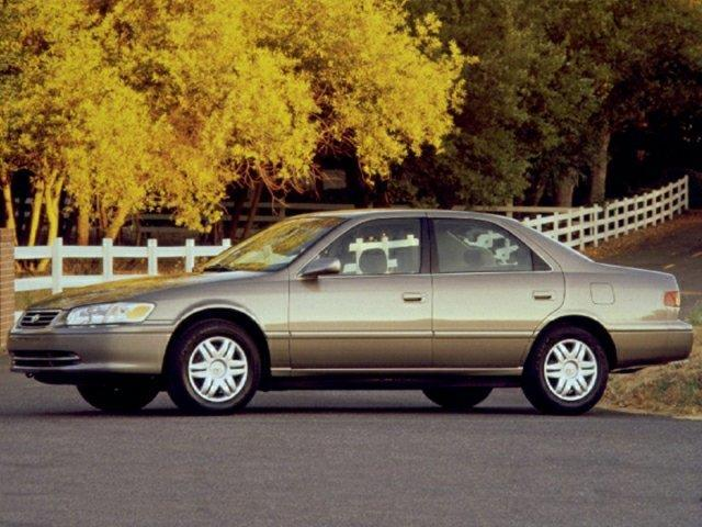 2000 toyota camry ce ce 4dr sedan for sale in downers grove illinois classified. Black Bedroom Furniture Sets. Home Design Ideas