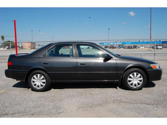 2000 toyota camry le for sale in humble texas classified. Black Bedroom Furniture Sets. Home Design Ideas