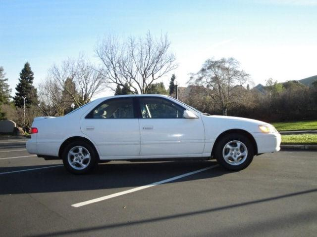 2000 toyota camry le v6 for sale in san ramon california classified. Black Bedroom Furniture Sets. Home Design Ideas