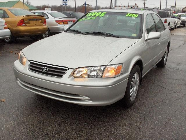 2000 toyota camry le v6 for sale in independence missouri classified. Black Bedroom Furniture Sets. Home Design Ideas