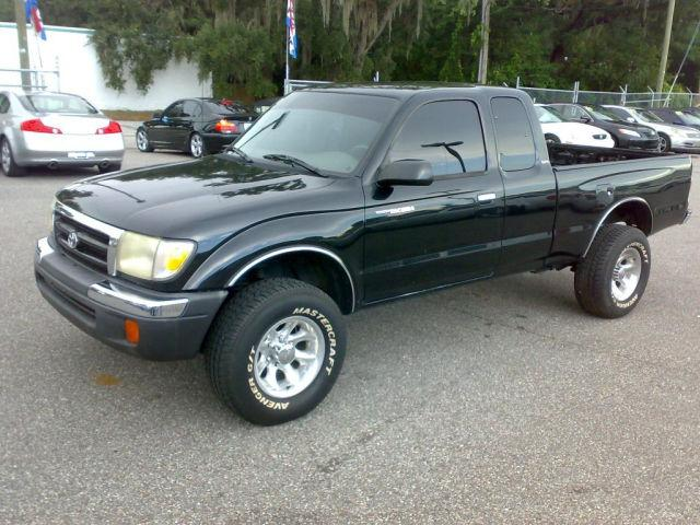 2000 toyota tacoma for sale in tampa florida classified. Black Bedroom Furniture Sets. Home Design Ideas