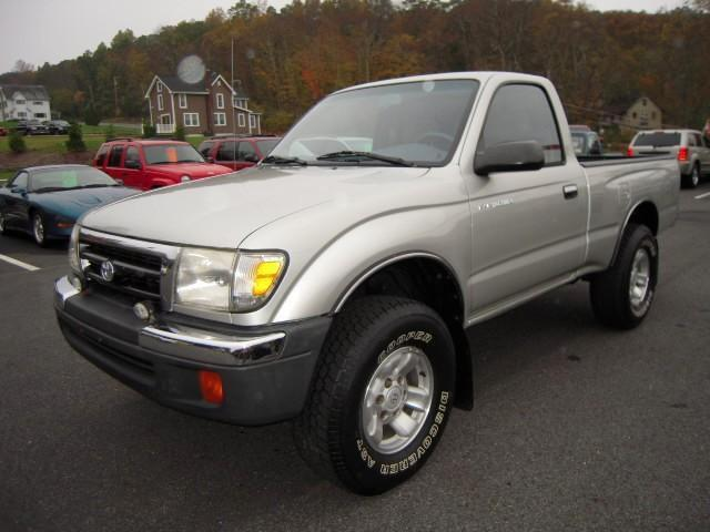 2000 toyota tacoma for sale in branchville new jersey classified. Black Bedroom Furniture Sets. Home Design Ideas