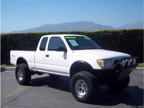 2000 toyota tacoma xtracab prerunner pickup for sale in upland california classified. Black Bedroom Furniture Sets. Home Design Ideas
