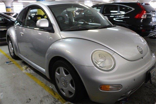 2000 Volkswagen New Beetle GLS GLS 2dr Hatchback