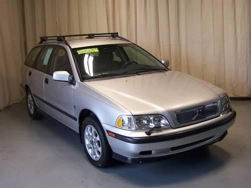 2000 volvo v40 station wagon for sale in canton ohio. Black Bedroom Furniture Sets. Home Design Ideas