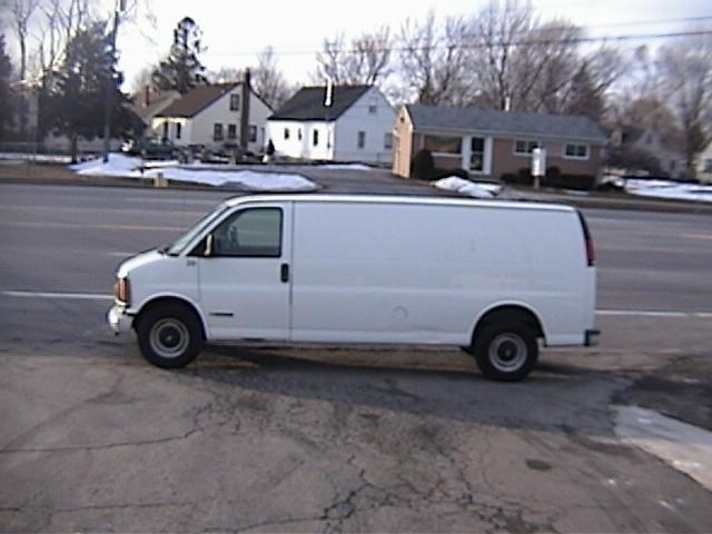 2000 Chevrolet Express 3500 Cargo for Sale in Mount Clemens, Michigan ...