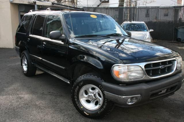 2000 ford explorer xlt for sale in newark new jersey classified. Black Bedroom Furniture Sets. Home Design Ideas