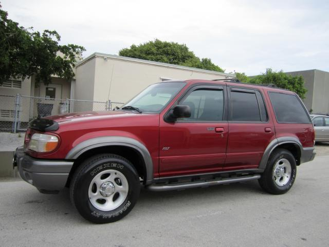 2000 ford explorer xlt for sale in miami florida classified. Black Bedroom Furniture Sets. Home Design Ideas