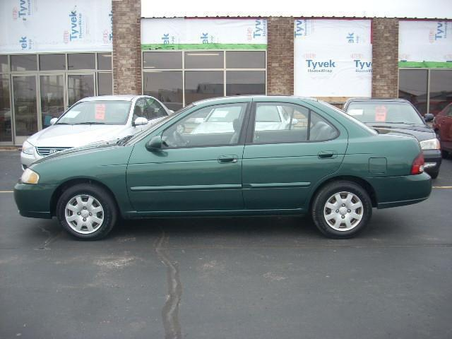 2000 nissan sentra gxe for sale in green bay wisconsin classified. Black Bedroom Furniture Sets. Home Design Ideas