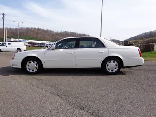 2001 cadillac deville sedan dhs for sale in johnson city tennessee classified. Black Bedroom Furniture Sets. Home Design Ideas