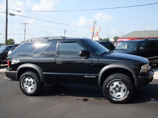 2001 chevrolet blazer ls for sale in muncie indiana classified. Black Bedroom Furniture Sets. Home Design Ideas