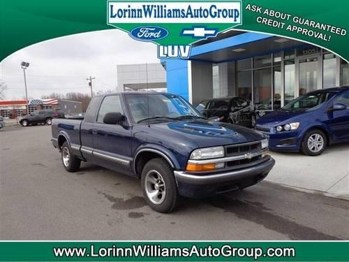 2001 chevrolet s 10 extended cab pickup ls for sale in greendale indiana classified. Black Bedroom Furniture Sets. Home Design Ideas