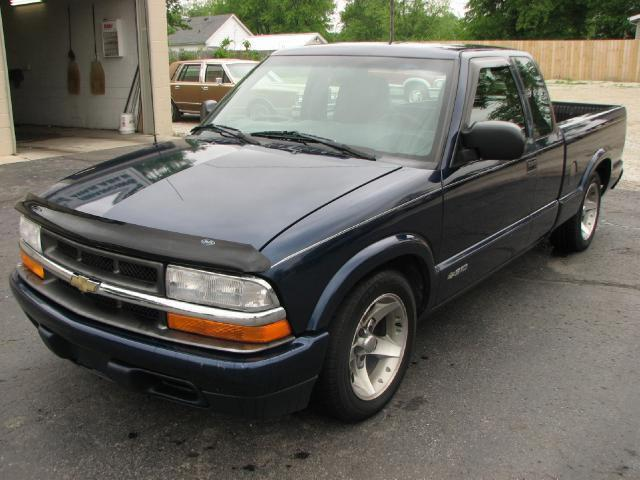 2001 chevrolet s 10 ls for sale in muncie indiana classified. Cars Review. Best American Auto & Cars Review