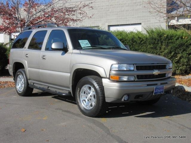 2001 Chevrolet Tahoe LS LS 4WD 4dr SUV