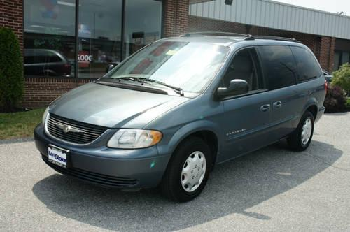 2001 chrysler town country mini van passenger lx for sale in carrollton maryland classified. Black Bedroom Furniture Sets. Home Design Ideas