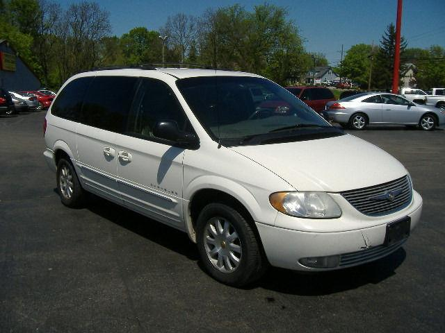 2001 chrysler town country lxi for sale in grove city ohio. Cars Review. Best American Auto & Cars Review