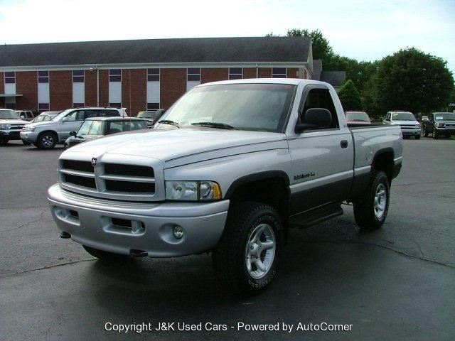 2001 dodge ram 1500 for sale in bowling green kentucky classified. Black Bedroom Furniture Sets. Home Design Ideas
