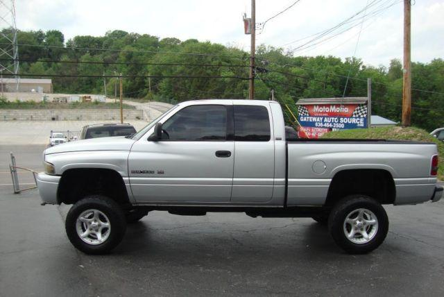 2001 dodge ram 1500 extended cab 4x4 slt magnum 5 2 lt lifted truck for sale in antonia. Black Bedroom Furniture Sets. Home Design Ideas
