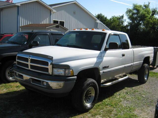2001 dodge ram 2500 for sale in new bethlehem pennsylvania classified. Black Bedroom Furniture Sets. Home Design Ideas
