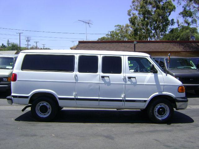 2001 dodge ram van 2500 maxi van for sale in corona. Black Bedroom Furniture Sets. Home Design Ideas