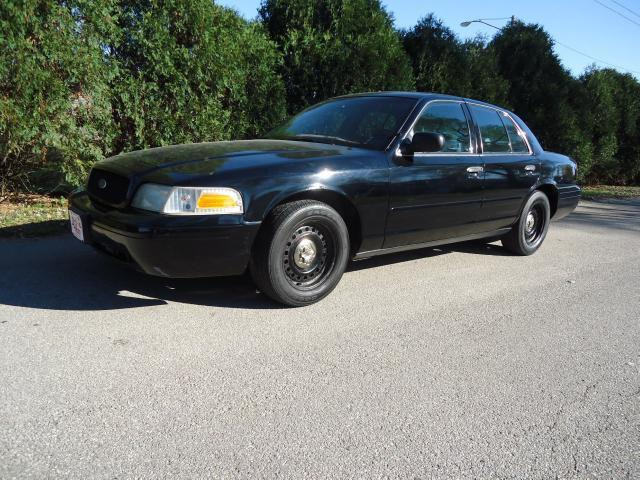 2001 ford crown victoria police interceptor for sale in cedar rapids iowa classified. Black Bedroom Furniture Sets. Home Design Ideas