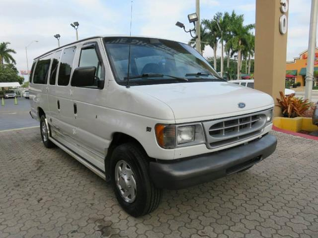 2001 ford e series wagon e 350 sd xl e 350 sd xl 3dr extended passenger van for sale in miami. Black Bedroom Furniture Sets. Home Design Ideas