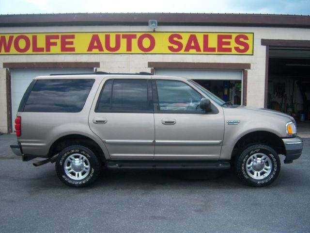2001 ford expedition xlt for sale in myerstown pennsylvania classified. Black Bedroom Furniture Sets. Home Design Ideas