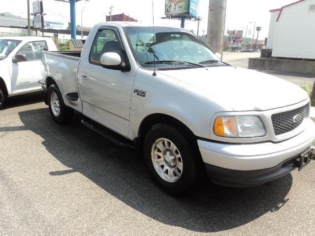 2001 ford f150 xlt flareside for sale in ashland kentucky classified. Black Bedroom Furniture Sets. Home Design Ideas