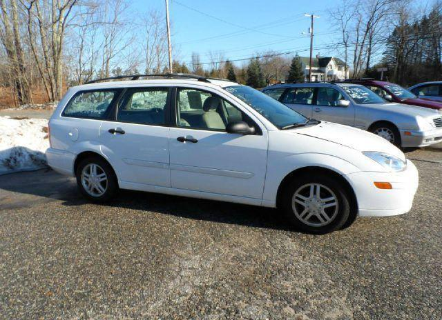 2001 ford focus se wagon for sale in kingston new hampshire classified. Black Bedroom Furniture Sets. Home Design Ideas